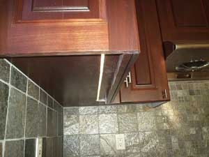 under kitchen cabinet Led