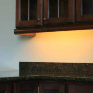 cabinet lighting with incandescent white Led